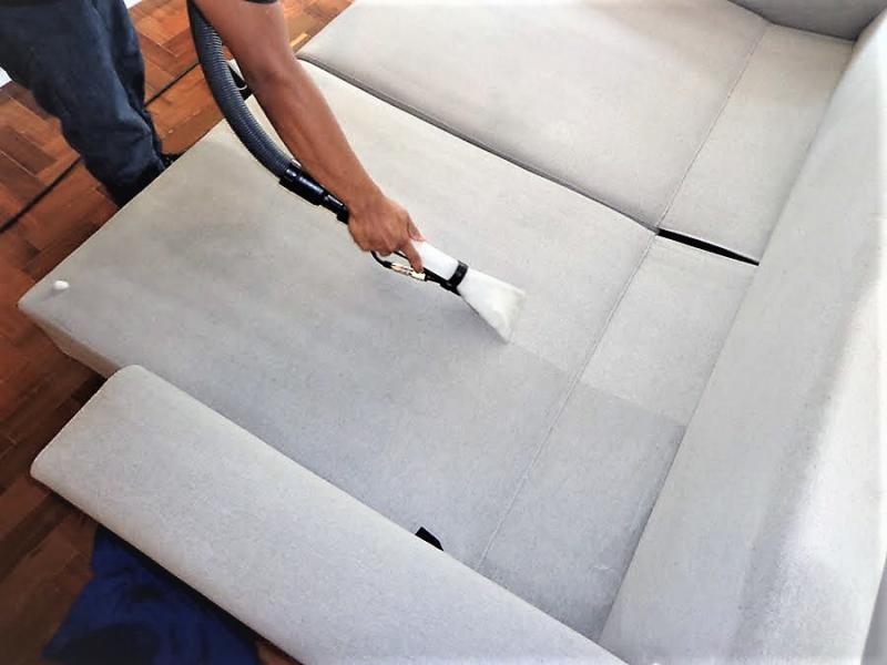 Empresa de limpeza de sofá